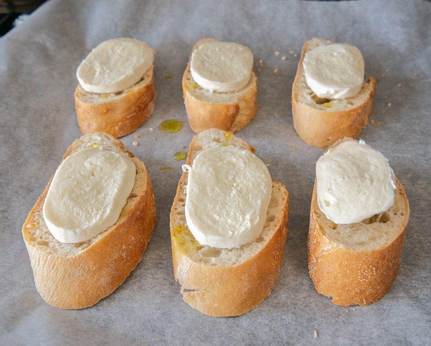 Bruschetta med serranoskinke