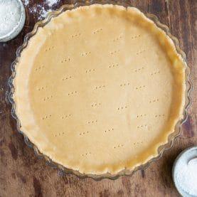 Grov tærtedej – Basis opskrift på fuldkornstærtebund