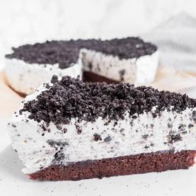 Oreo Islagkage med chokoladekagebund