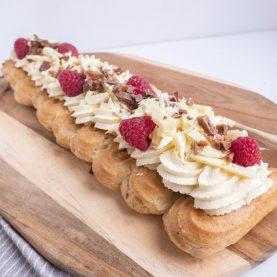 Walesstang med passionfrugtskum, hvid chokolade og hindbær