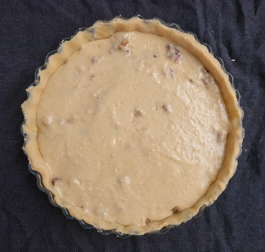 Tærte med fyld af marcipan