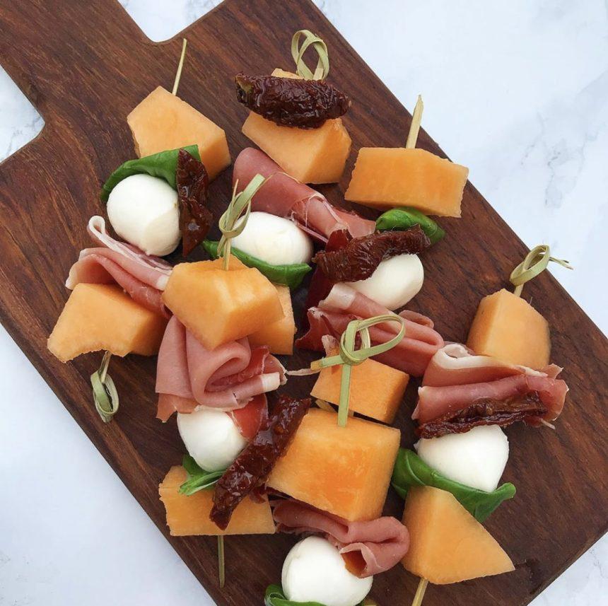 Spyd med mozzarella og melon
