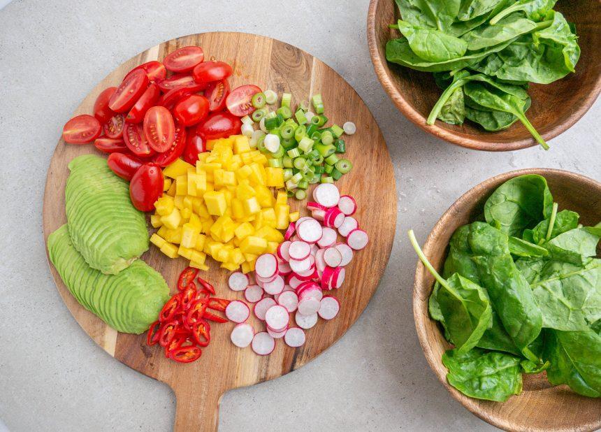 Salat bowls med grøntsager
