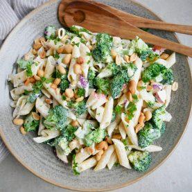 pastasalat med broccoli