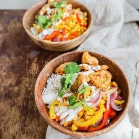 Salatbowl med kylling og ris