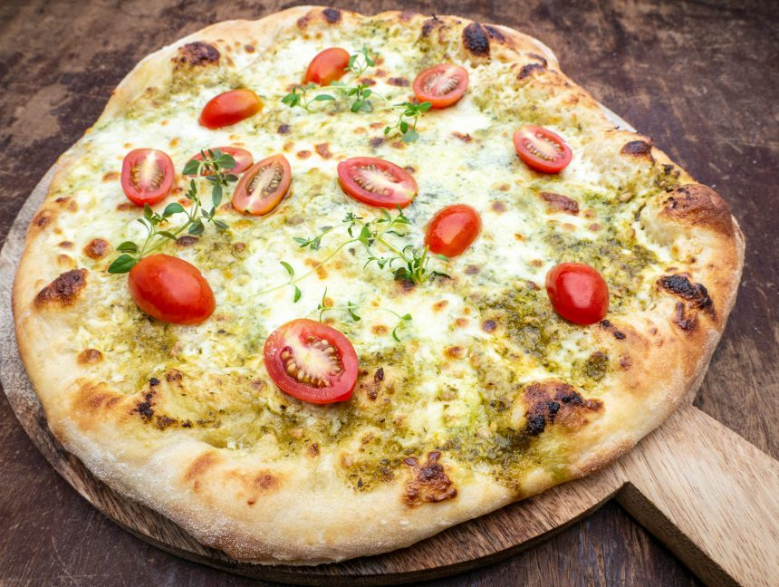 Opskrift på pizza med pesto