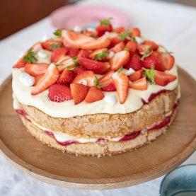 Opskrift på jordbærlagkage